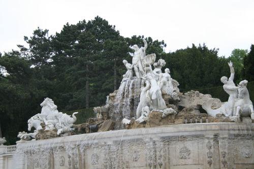 ネプチューンの泉(近影)